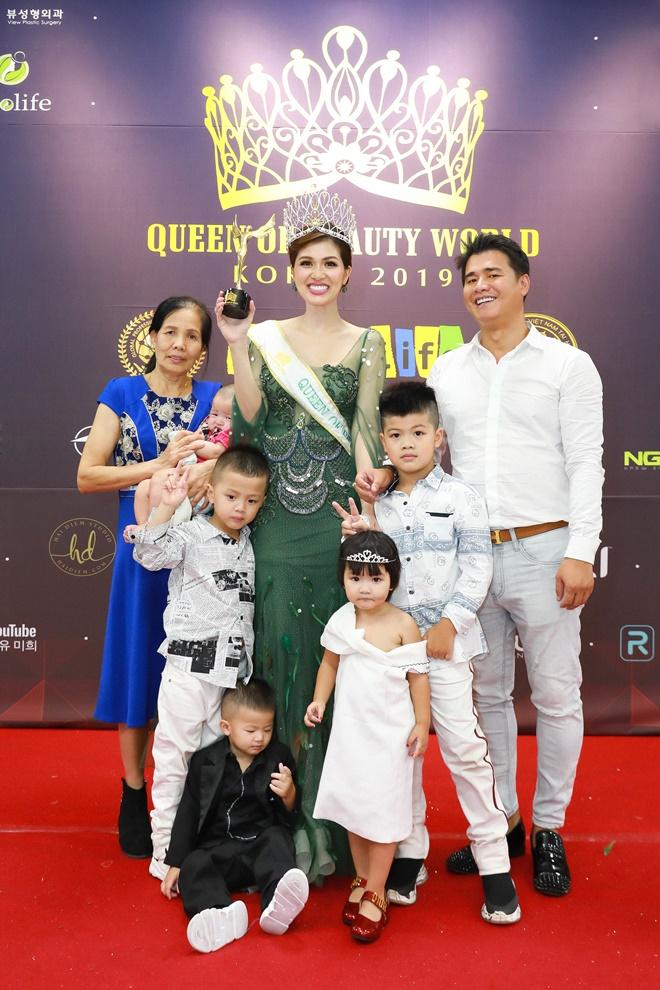 hoa-hau-oanh-yen-queen-of-beauty-world14