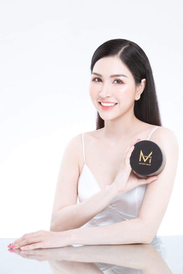 model-cosmetic-tin-dung-3