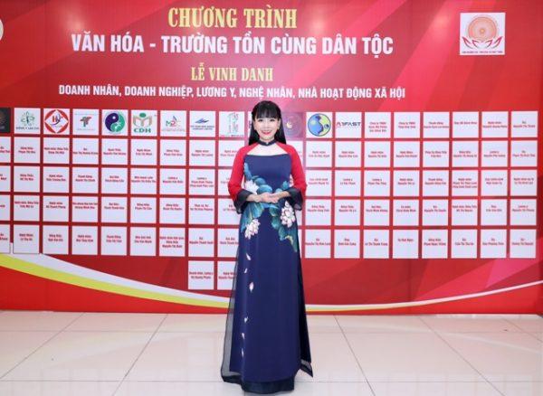 DN Pham Bich Thuy 9